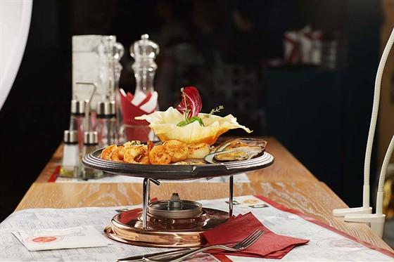 """Ресторан Керосинка - фотография 9 - Фирменное блюдо """"Кероснка"""" рыбная"""""""
