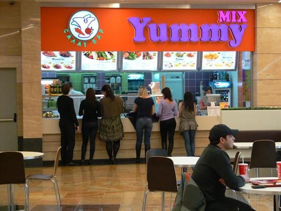 Ресторан Yummy Mix - фотография 1 - Yummy Mix в Афимолл Сити