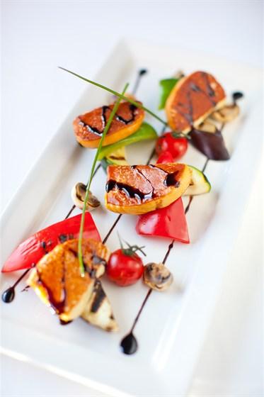 Ресторан Груша - фотография 9 - Запеченый сыр скаморца.