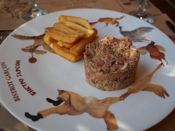 Ресторан Garçon - фотография 3 - Тартар Неаполитанский