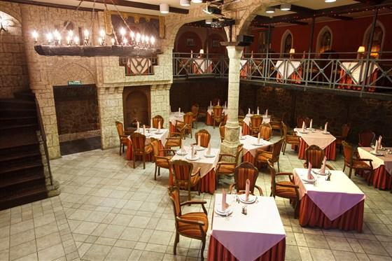 Ресторан Красная мельница - фотография 8 - Клубный зал