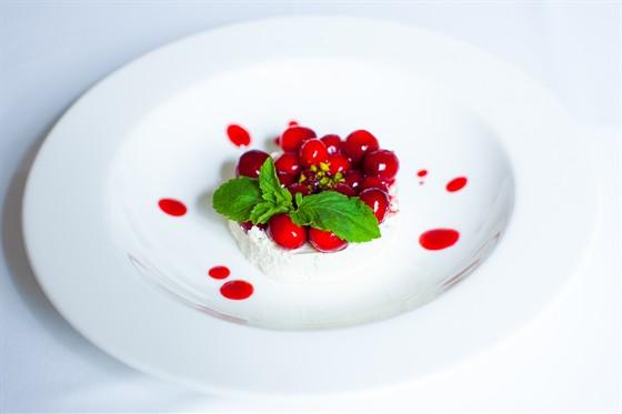 Ресторан Павильон - фотография 24 - летние блюда