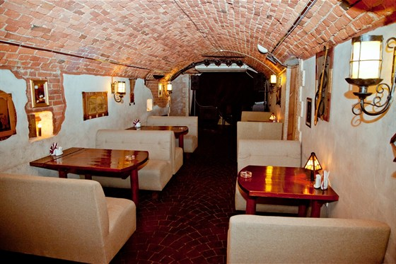 Ресторан Ели-пили - фотография 3