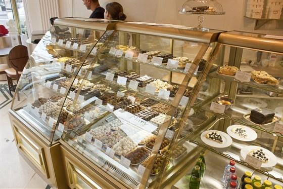 Ресторан Mary Chocolatier - фотография 3