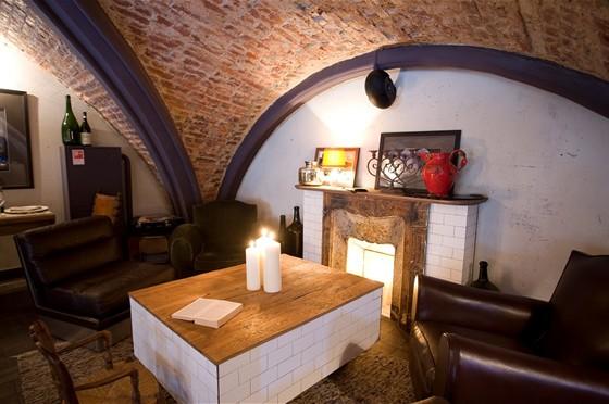 Ресторан Barbaresco - фотография 21 - Каминная зона