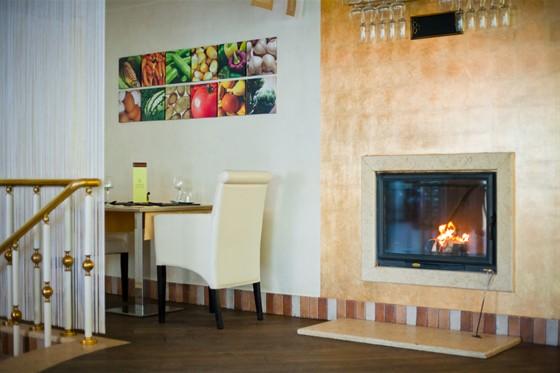 Ресторан Polenta - фотография 1 - Каминный зал