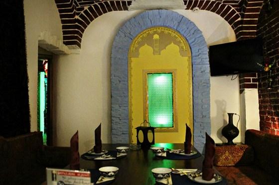 Ресторан Восточный квартал - фотография 1 - VIP кабинет