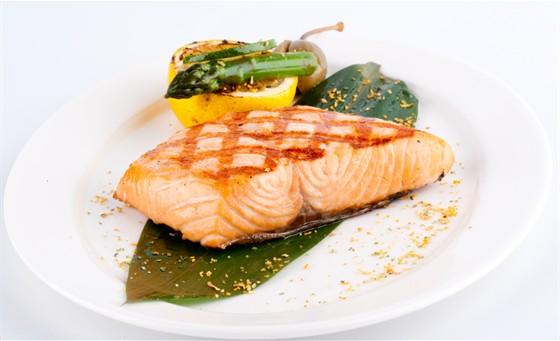 Ресторан Chicago Prime - фотография 7 - Филе норвежского лосося