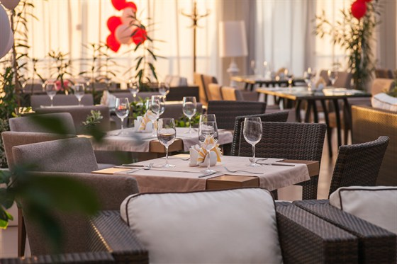 Ресторан Веранда - фотография 1