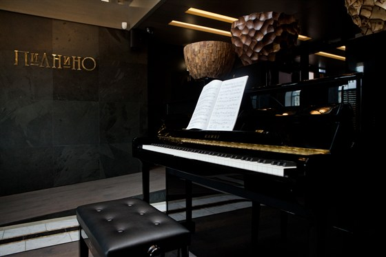 Ресторан Пианино - фотография 1 - KAWAI