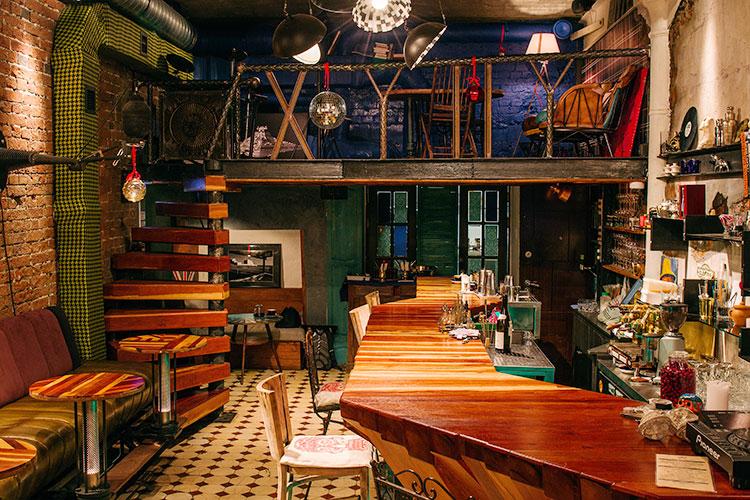 Ресторан Dictatura Estetica Bar - фотография 9