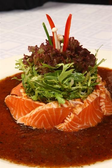 Ресторан Sumosan - фотография 16 - Салат сашими XXI век