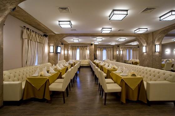 Ресторан Шалье - фотография 5 - Европейский зал и караоке