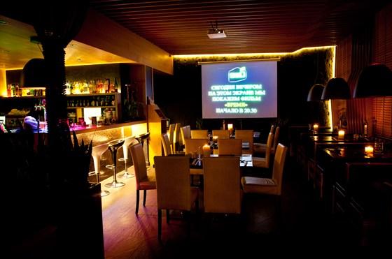 Ресторан Shu - фотография 16 - Киновечер в SHU Cafe. Каждый четверг!