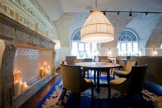 Ресторан Graf-in - фотография 17 - камин