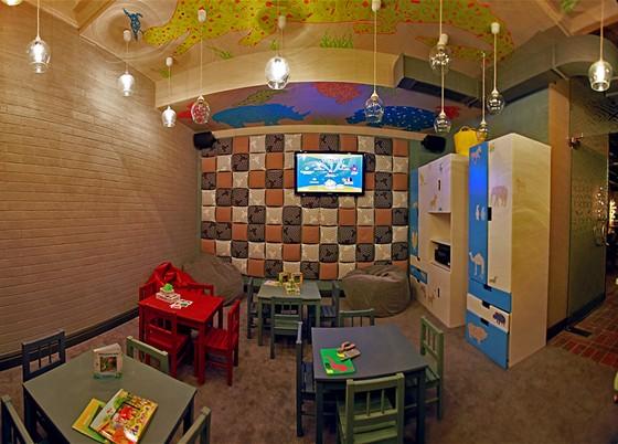 Ресторан Oki Doki - фотография 1 - детская комната