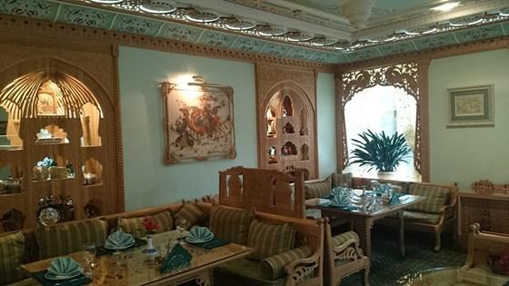 Ресторан Визирь Махалля & Граф Орлов - фотография 3 - Визирь Махалля!)