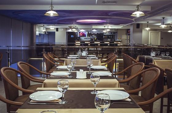 Ресторан Премьера - фотография 3 - Банкеты