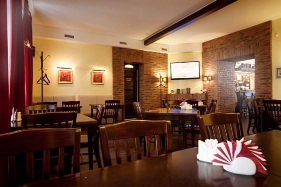 Ресторан Baran Bar - фотография 9 - ... здесь Вы сможете посмотреть любой из интересующих Вас футбольных матчей и другие спортивные мероприятия