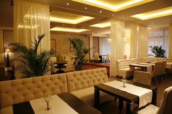 Ресторан Shantil - фотография 2 - Банкетный зал