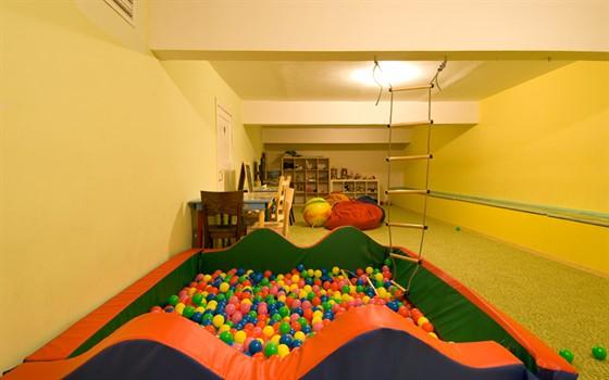 Ресторан Casa di famiglia - фотография 11 - детская комната