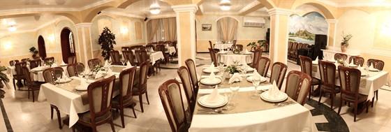 Ресторан Армения - фотография 6 - Большой зал