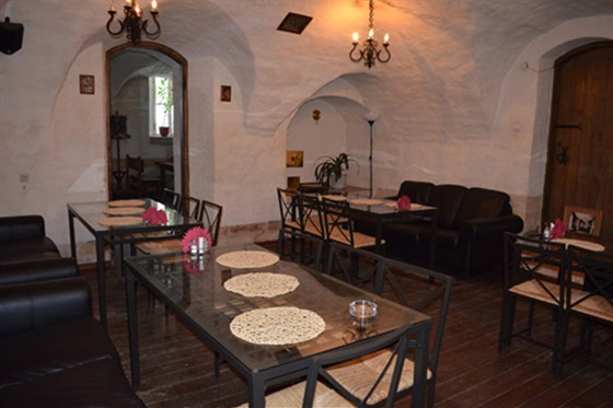 Ресторан Табурет - фотография 17 - Зал Диваны