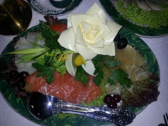 Ресторан Демидофф - фотография 1 - Рыбное ассорти.