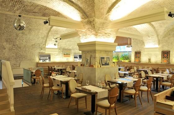 Ресторан Art Clumba/Fassbinder - фотография 17