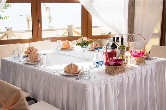 Ресторан Русская рыбалка - фотография 3 - банкет в новой летнем павильоне
