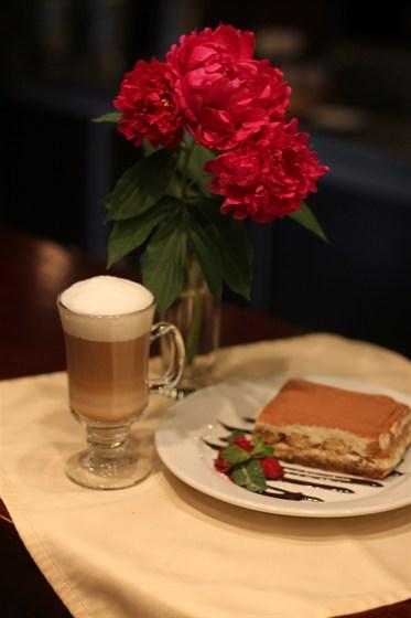 Ресторан Глиссада - фотография 4 - Дессерт