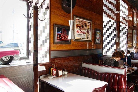 Ресторан Long Island Diner & Bar - фотография 14