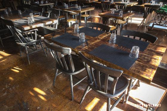 Ресторан Blacksmith Irish Pub - фотография 11