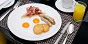 10 завтраков в ресторанах при отелях в Москве