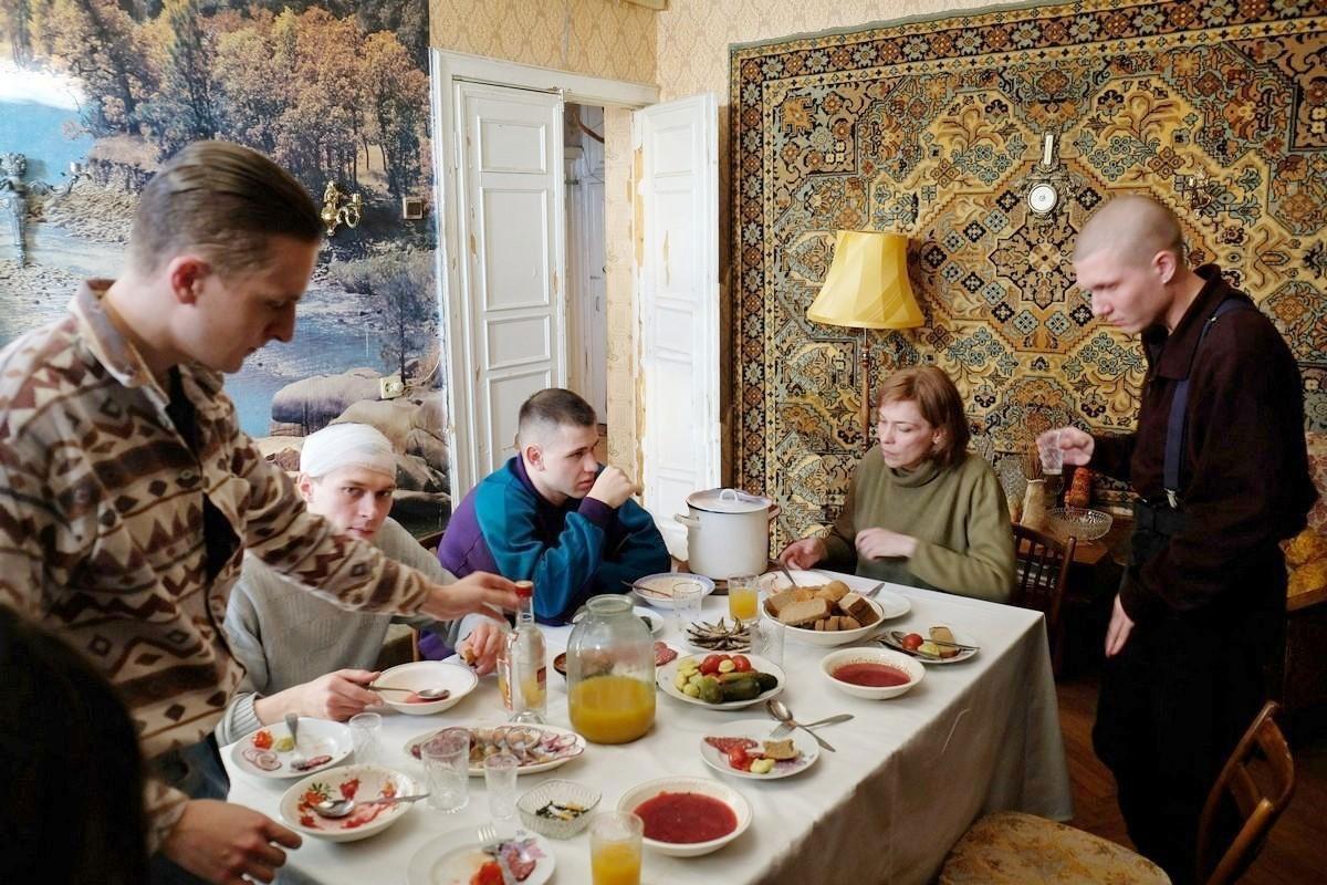 Бык в кино 2019, какие фильмы посмотреть в августе, киноафиша Симферополя