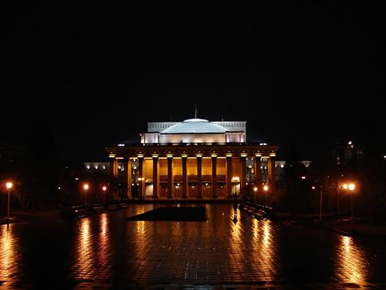 Фото новосибирский театр оперы и балета