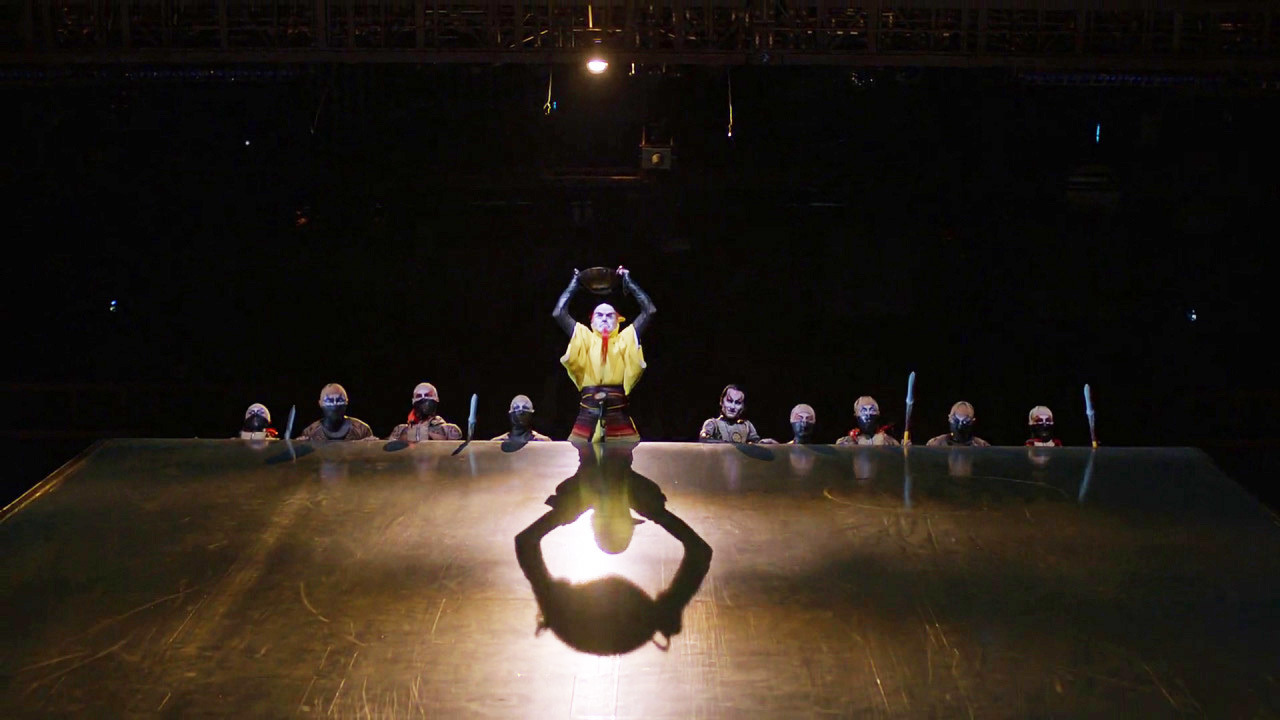 Cirque du Soleil: Сказочный мир смотреть фото
