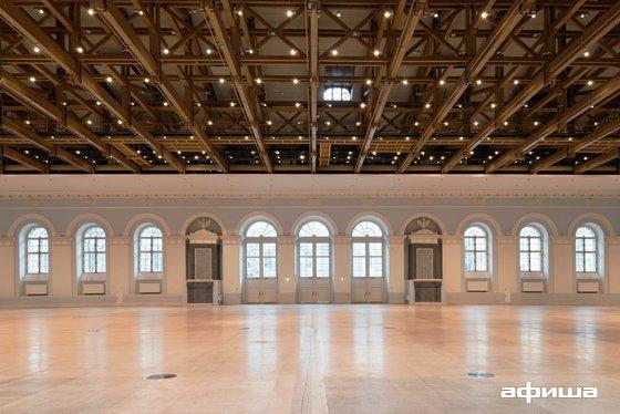 Фото выставочный зал Манеж