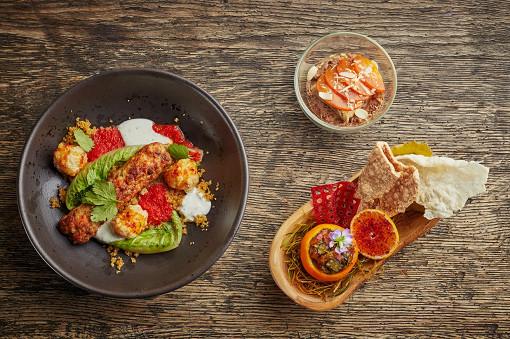 С 1 по 31 января во всех ресторанах Maison Dellos проходит традиционный фестиваль Set-o-Mania. Он дает возможность шеф-поварам проявить свои творческие способности без оглядки на правила и границы.