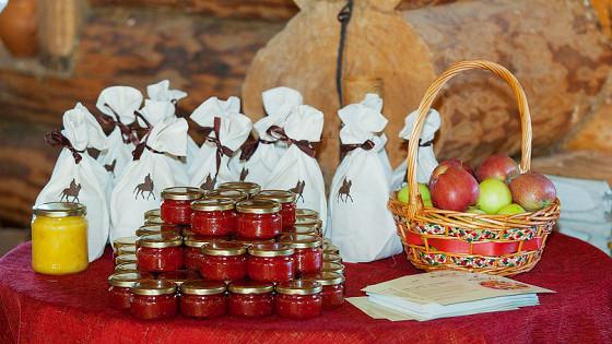 Крестьянская выставка-ярмарка натуральных продуктов и ремесел