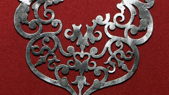 Художество серебряное, кузнечное да медное. Русский металл из собрания музея-заповедника