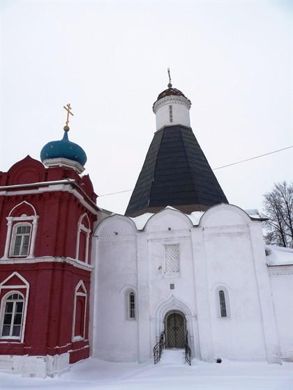 Церковь Успения Пресвятой Богородицы в Брусенском монастыре