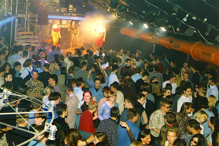 Клуб «Титаник», 1997 год