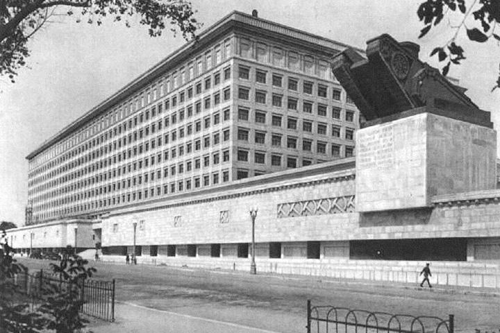 Пр. Девичьего Поля, 4, архитекторы — Л.В.Руднев, В.О.Мунц, 1937 год