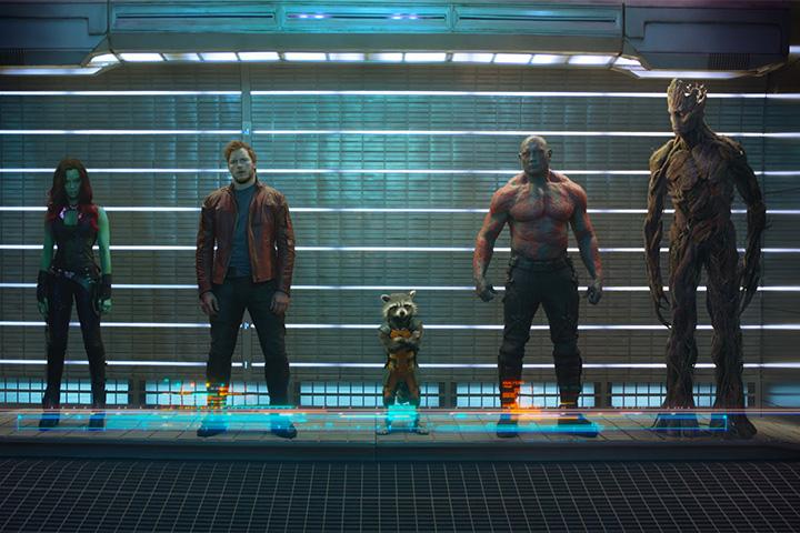 Слева направо: Гамора, Звездный Лорд, Ракета, Дракс Разрушитель, Грут