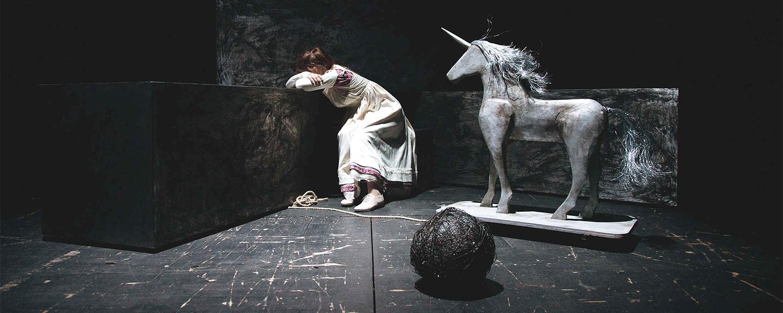 «Сфорца» в Центре им. Мейерхольда: ополченцы, философский камень и Тото Кутуньо