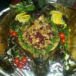 Ресторан Нар-Шараб - фотография 4 - Белый Амур фаршированный капустой и клюквой.