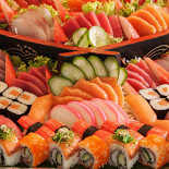 Ресторан Суши-маркет - фотография 3