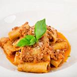 Ресторан Italia - фотография 1 - Ригатони болоньезе