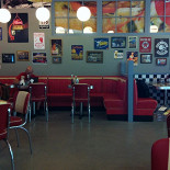 Ресторан Grizzly Diner - фотография 3